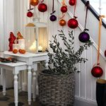 How to Decorating your Porch for Christmas